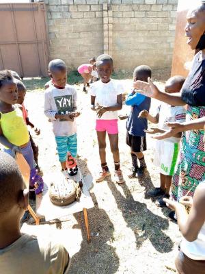 zahlenland Sambia Rollenspiel fünf feiert Geburtstag